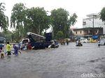 56 Rumah Pompa Dimaksimalkan untuk Atasi Banjir di Surabaya