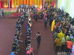 Raja-raja Sumut Manortor dan Beri Ucapan untuk Kahiyang Bobby