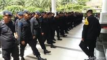 Aksi 2411 Terkait Viktor Laiskodat, Personel Brimob Dikerahkan
