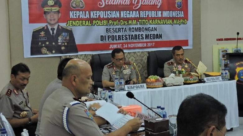 Polri dan TNI Koordinasi Pengamanan Nikahan Kahiyang-Bobby