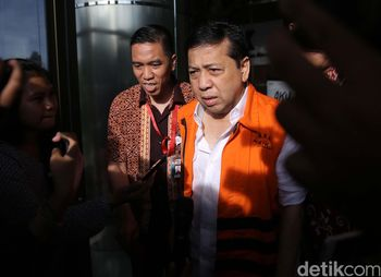 Novanto Diperiksa Penyidik KPK Selama 3 Jam