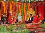 Momen Saat Jokowi Panggil Putrinya Kahiyang Ayu Siregar