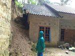 Tebing Longsor Menimpa Rumah di Kulon Progo, 1 Warga Tewas