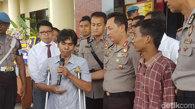 Polda Banten mengembalikan kendaraan yang dicuri kepada pemiliknya di Mapolda Banten, Sabtu (25/11/2017)