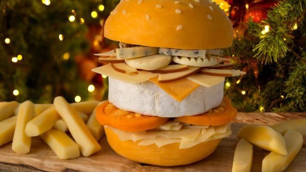 Wow! Restoran Ini Jual Burger dengan 9 Tumpukan Jenis Keju Berbeda, Mau Coba?