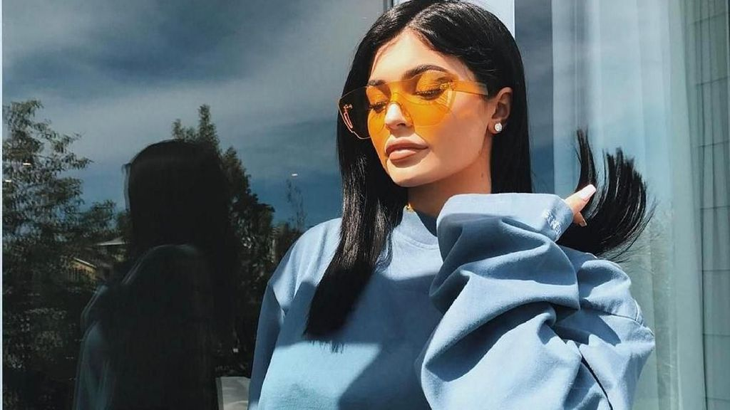 Kim Dikaruniai Anak Ketiga, Netizen Yakin Kylie Jenner Ibu Penggantinya