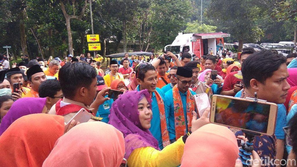 Sandiaga Hadiri Peringatan Hari Kesehatan Nasional di Ragunan