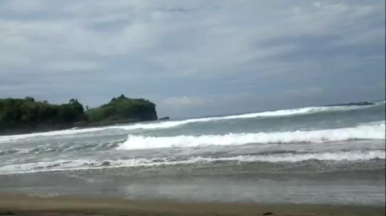 Jasad Pengunjung Pantai Serang Terseret Ombak Ditemukan