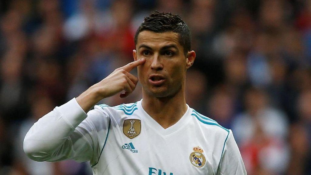Ini Patung Anyar Cristiano Ronaldo, Mirip Tidak Ya?