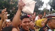 Suvenir dari Jokowi untuk Warga Medan Saat Kirab: Tas hingga Topi