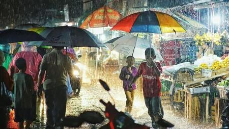 Hujan Datang Kami Senang -Ojek Payung-