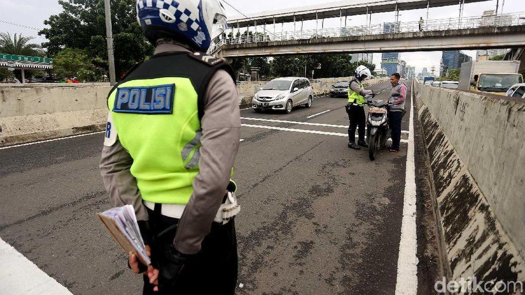 SIM yang Discan Tak Bisa Dijadikan Alat Bukti Pelanggaran