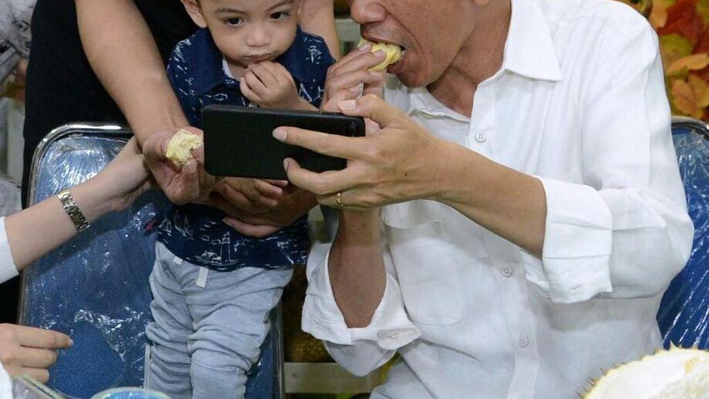 Jan Ethes dan Jokowi Cicip Durian hingga Khasiat Kayu Manis untuk Turunkan Berat Badan
