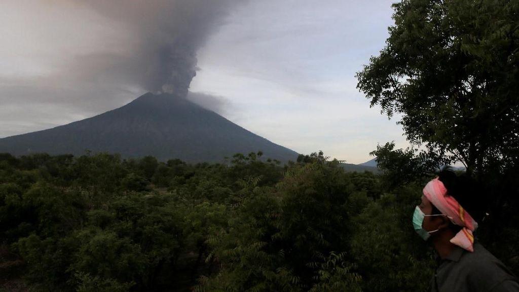 Gunung Agung Meletus, Mentan Jamin Stok Beras di Bali Aman