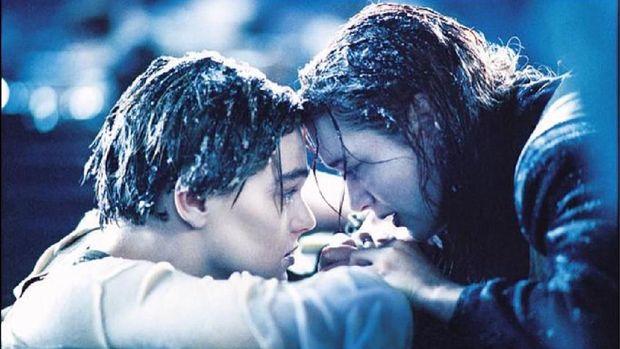 James Cameron Ungkap Alasan Leonardo DiCaprio Harus Mati di 'Titanic'