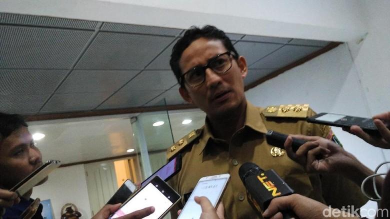Antisipasi Macet di Musim Sandi - Jakarta Wakil Gubernur DKI Jakarta Sandiaga Uno mengaku sempat memantau pengerjaan proyek flyover Jakarta malam Tujuannya memastikan pengerjaan