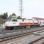 175 Kilometer Rel Kereta Baru Dibangun Sepanjang 2017