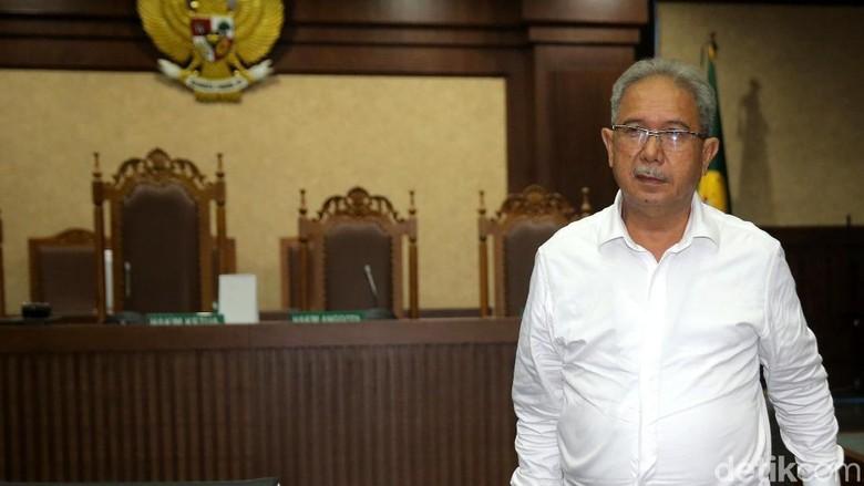 Hakim Minta KPK Buka Blokir - Jakarta Majelis hakim meminta KPK membuka rekening bank dan sertifikat tanah milik mantan bos PT Duta Graha Indonesia