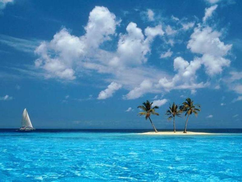 Pulau sendirian yang ikonik itu ternyata merupakan satu dari 365 pulau di Republik Panama yang bernama San Blas (San Blas Islands)