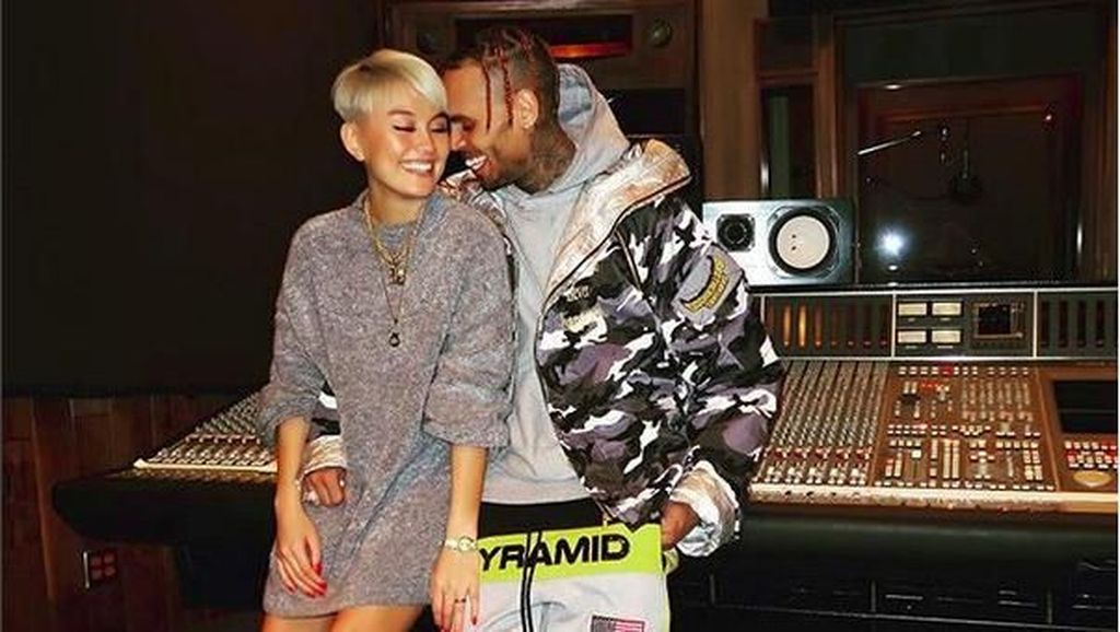Duet Bareng Agnez Mo, Chris Brown Rilis On Purpose