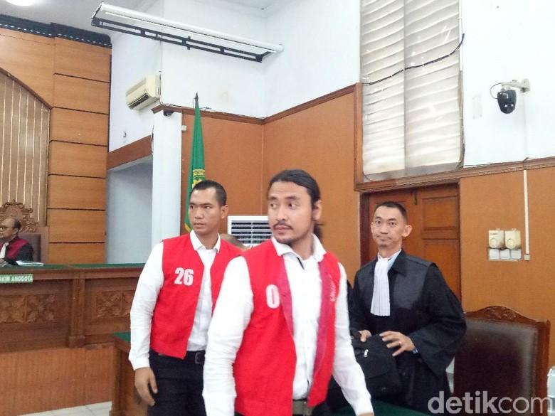 Jaksa Belum Siap Beri Tuntutan, Sidang Narkoba Ello Ditunda Tahun Depan