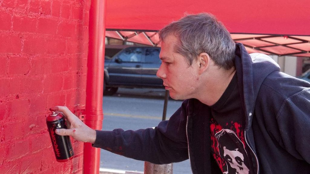 Berkali-kali Dibui soal Vandalisme, Shepard Fairey Tetap Eksis Berkarya