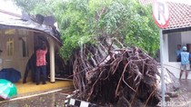 DIY dalam 2 Hari: 29 Lokasi banjir, 44 Longsor, 68 Pohon Tumbang