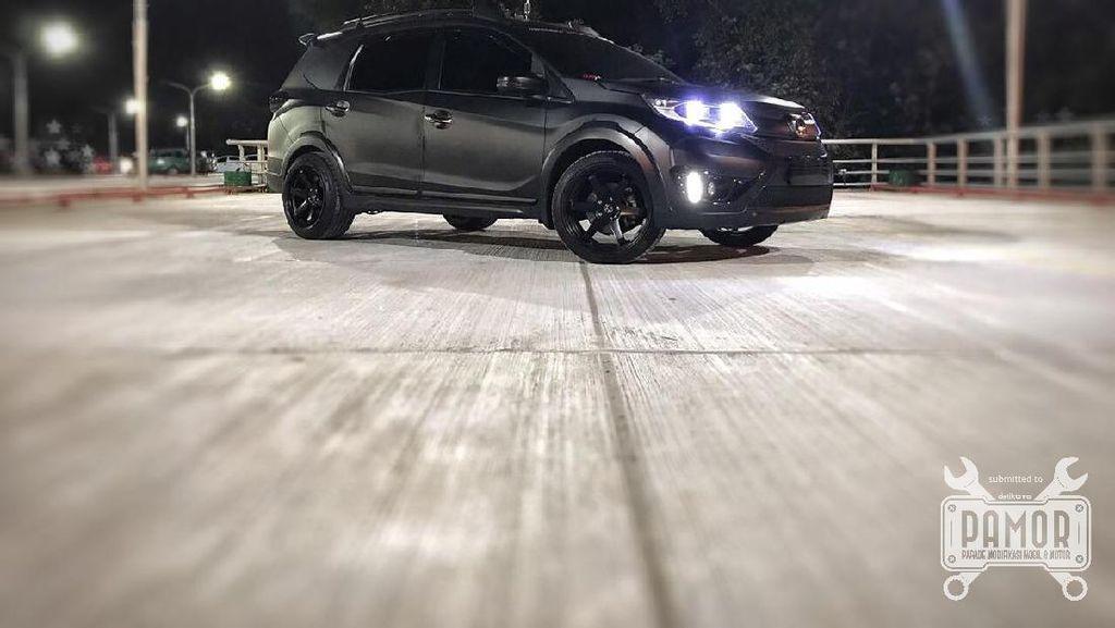 Honda BR-V ala Batman