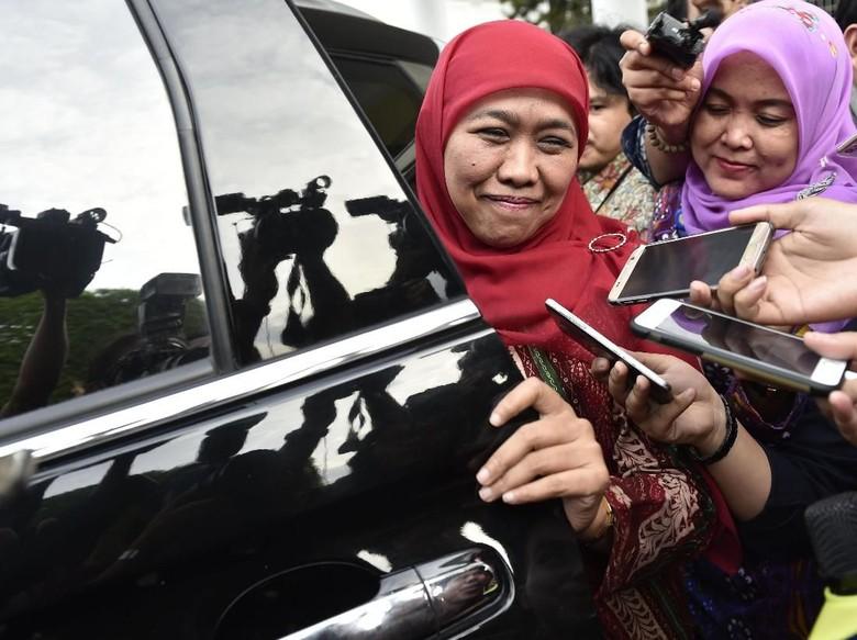 Khofifah Singgung Angka Kemiskinan di - Surabaya Bakal calon Gubernur Khofifah Indar Parawansa menyinggung keberhasilan Pemprov Jatim dalam pertumbuhan ekonomi di atas tetapi tidak