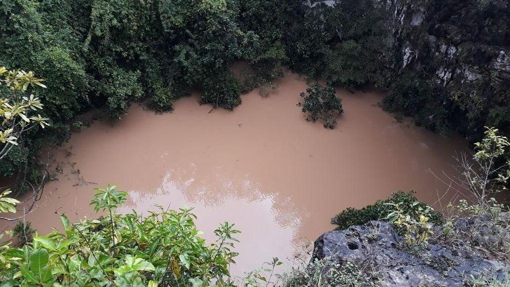 Foto: Saat Cahaya Surga Itu Terendam Banjir