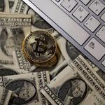 Nilai Bergerak Sangat Liar, Investasi Bitcoin Harus Hati-hati