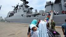 Kerennya Berwisata ke Kapal Perang Rusia