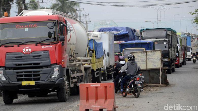 Jembatan Ampel Pantura Pekalongan Dibuka, Arus Lalin Merayap