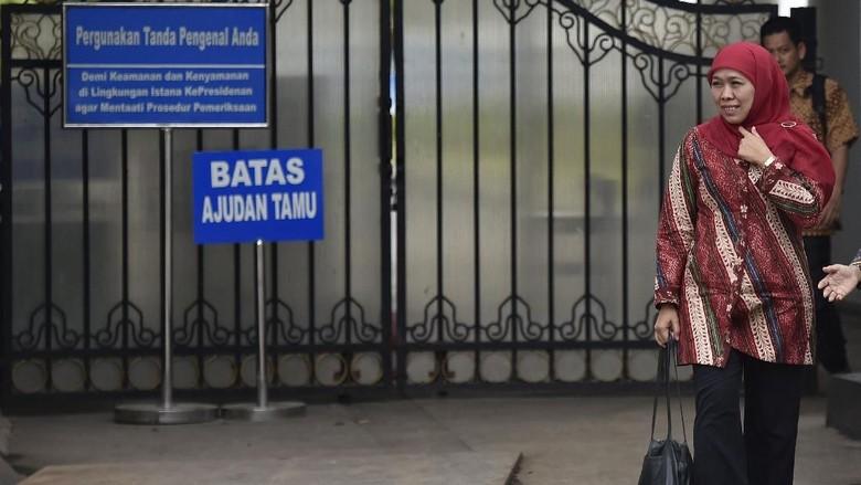 Foto: Khofifah Senyum-senyum Usai Bertemu Jokowi