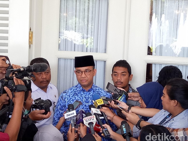 Anies Beri Izin Reuni Alumni - Jakarta Gubernur DKI Jakarta Anies Baswedan mengakui telah memberikan persetujuan atas izin penggunaan kawasan Jakarta untuk kegiatan reuni