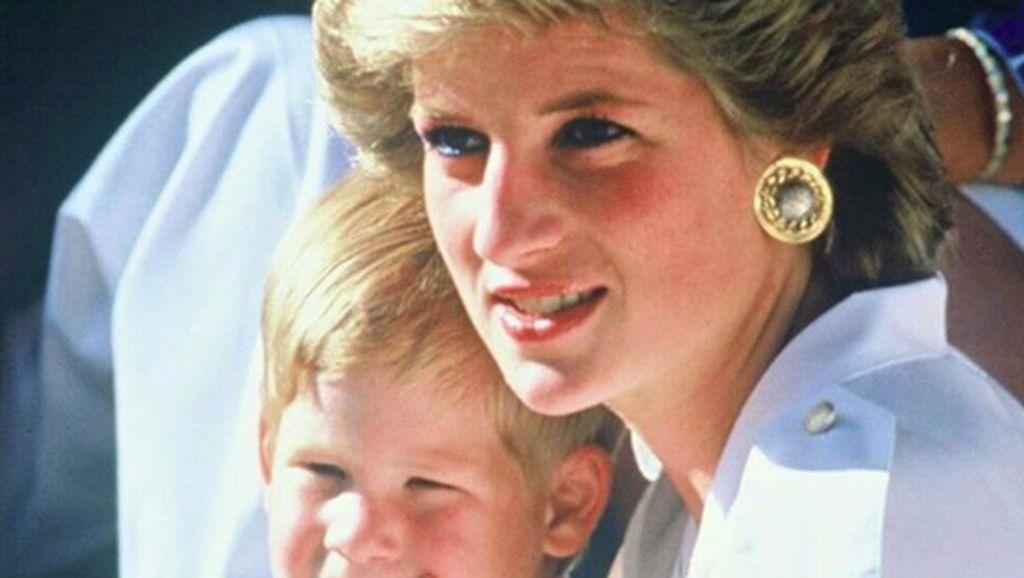Pesan Tersembunyi pada Sepatu yang Dipakai Putri Diana saat Menikah