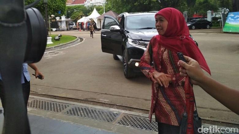 Temui Khofifah Mengaku Kurang Tidur - Jakarta Menteri Sosial Khofifah Indar Parawansa menemui Presiden Joko Widodo di Istana Khofifah tak mau menjelaskan perihal kedatangannya