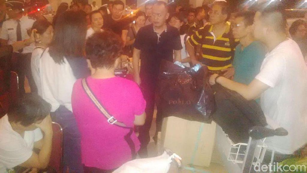 Delay di Bandara Ngurah Rai, Penumpang Asal China Protes ke Maskapai
