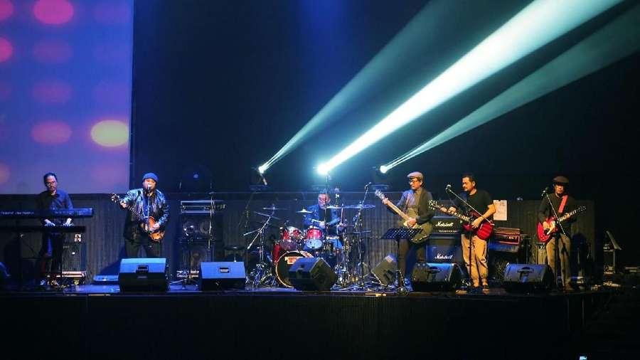 Konser Tribute to Chrisye, Sebuah Usaha Menyemangati Kaum Muda