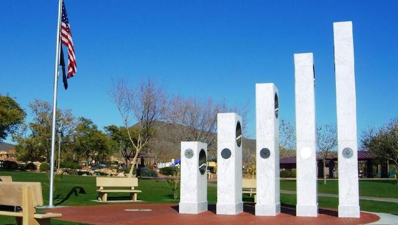 Monumen Veteran AS Ini Memiliki Rahasia Tersembunyi Loh