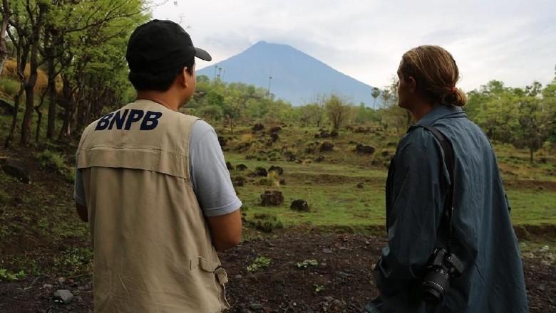 Perlukah Promosi Wisata Gunung - Jakarta Kepala Pusat Data Informasi dan Humas Badan Nasional Penanggulangan Bencana Sutopo Purwo Nugroho mengirimkan tulisan timnya soal