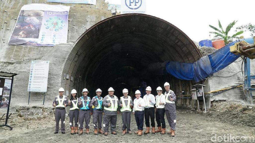 Terowongan Jalur Ganda KA Tembus Bukit di Banyumas Siap Operasi 2018