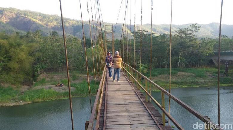 Indahnya Jembatan Gantung Soka Bantul Sebelum Jebol Diterjang Banjir