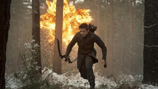 Spekulasi Absen di Infinity War, Hawkeye Bisa Muncul di Avengers 4