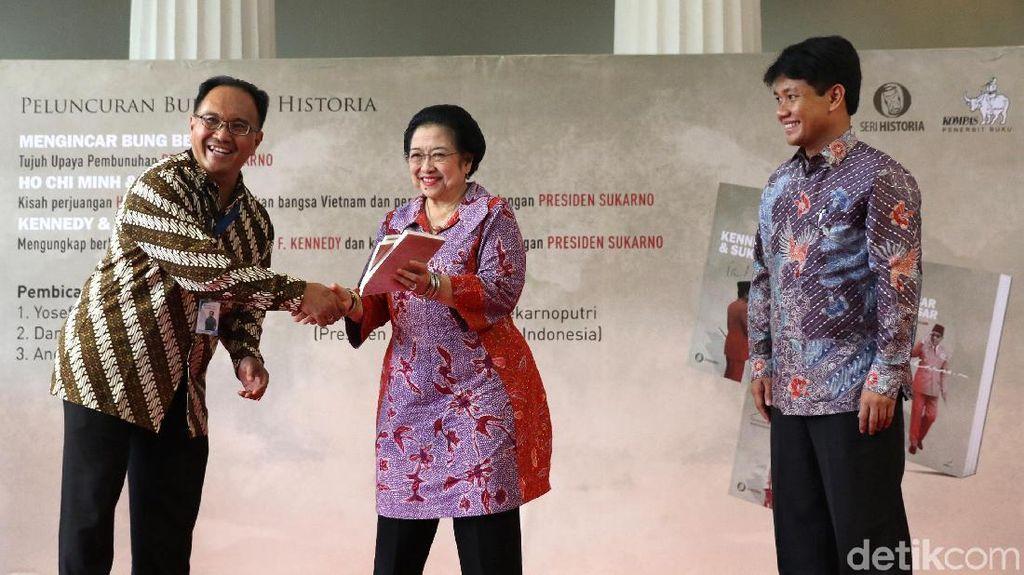 Megawati Hadiri Peluncuran Buku Bung Karno