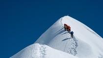 Himalaya dan Everest, Atap Dunia dan Tempat Paling Berbahaya di Bumi