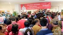 Ramai, Warga Berbondong-bondong ke Transmart Sukoharjo