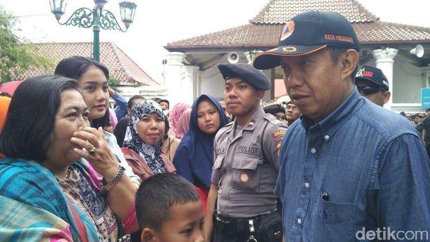 Walikota Yogya Tertibkan Warga yang Saksikan Gerebeg Maulud