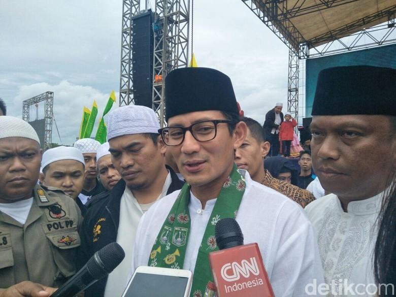 Kata Sandiaga Soal Kemungkinan Semua - Jakarta Siswa pemegang Kartu Jakarta Pintar mulai hari ini dapat menikmati fasilitas gratis masuk mungkinkah semua warga Jakarta