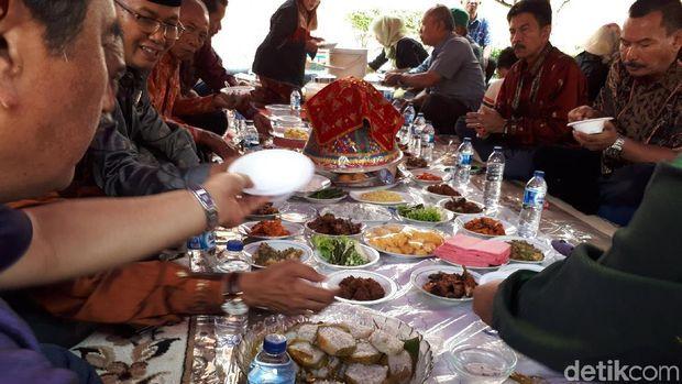Bajamba, Pesta Makan Adat dari Sawahlunto